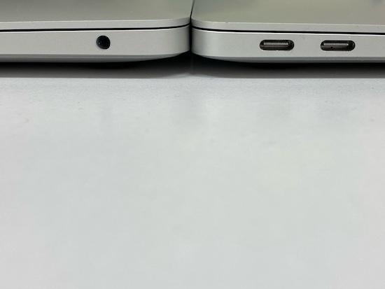 Macが2枚